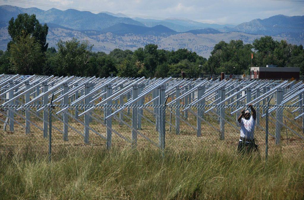 Nuevo artículo publicado: Requerimientos de tierras y emisiones de CO2 asociadas a cambios en los usos de la tierra de la energía solar